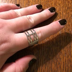 Jewelry - Silver adjustable ring